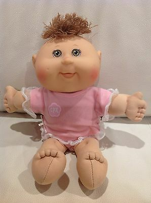 Cabbage Patch Kids - 25th Anniversary Play Along Baby Girl In Genuine Outfit