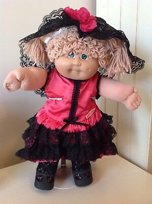 Cabbage Patch World Traveller Spain Complete Outfit Headscarf, Shoes & Diaper