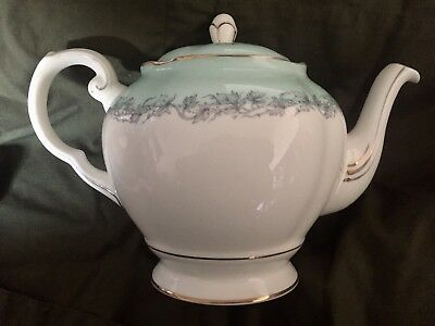"Gorgeous Royal Tuscan ""Aristocrat"" English Fine Bone China Teapot Vintage Rare"