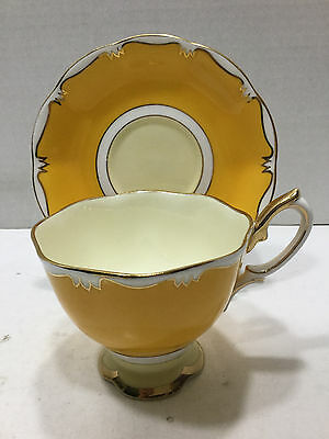 Vintage Royal Albert Bone China Teacup and Saucer