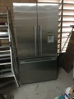 Fisher & Paykel RF610ADX5 614 Litre French Door Refrigerator