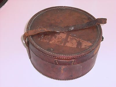 Vintage Gents Leather Collar Box