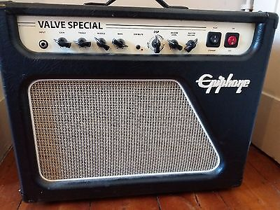 Epiphone Valve Special guitar combo. Good condition.