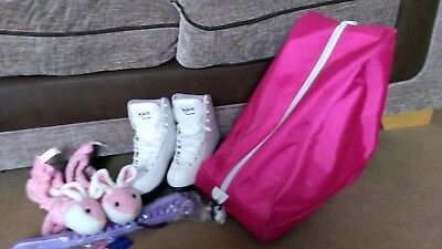 Ice Skates size 1 + bag and covers Softskate by Jackson. Good condition.