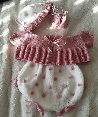 hand knitted  outfit to fit 18 -20 inch reborn doll or new baby