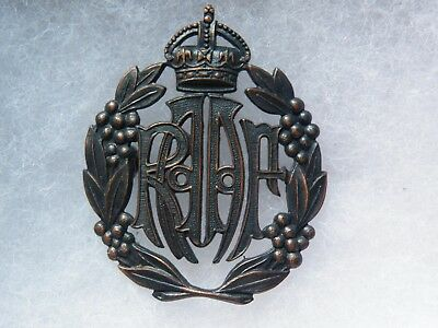 cap badge Royal australian air force WW II