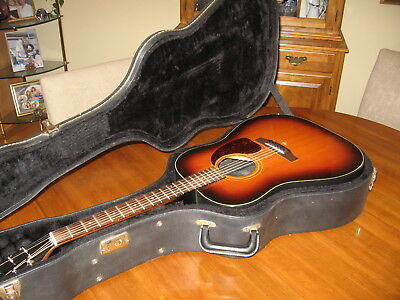 Gibson J25 Acoustic Guitar