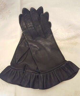 Ladies Leather Silk Lined- Gloves-Ruffled Cuffs- Italy- Neiman Marcus -6 1/2