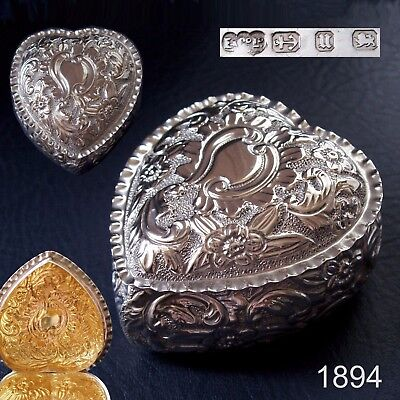 1894 Beautiful Victorian antique solid silver heart shape trinket box / ring box