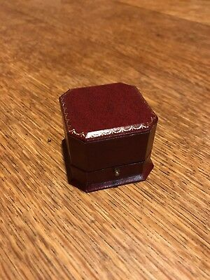 Welsh Gold Ring Box