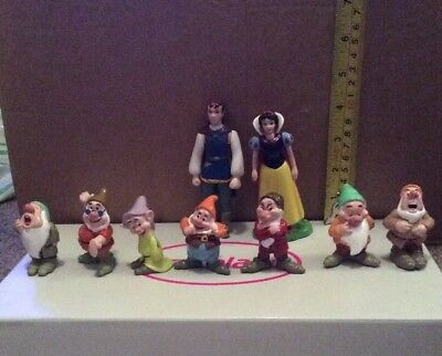 Disney Store Snow White And The Seven Dwarfs Figures