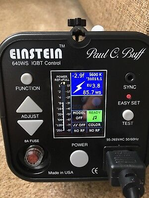 "Barely used Einstein E640 strobe with CyberSync and 7""& 8.5""Reflectors and grids"