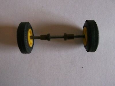 Scalextric   , Front Axle   Wheels + Dunlop Tires  for  60s Fi  Cars  .