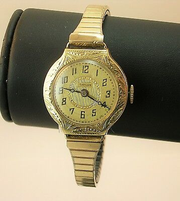 Antique Taylor 14 K solid Gold Ladies watch - rare !!