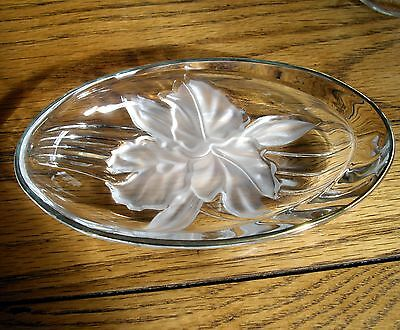 Vintage Swirl Glass Oval Candy Trinket Dish w/ Frosted Flower ~