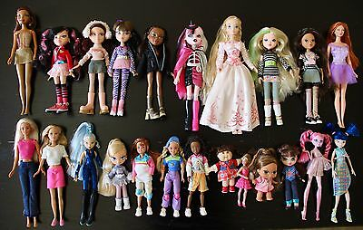 Big doll lot of 23 dolls in good condition