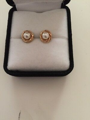 9ct Gold Studs & pearl Earrings