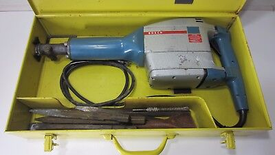 Bosch Demolition Hammer. Model 0611/11305 w/ Carrying Case & Attachments