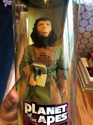 Hasbro 1999 Collectors Edition Zira Action Figure Planet of the Apes SEALED Nos