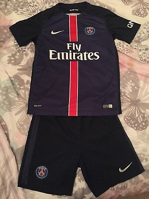 Paris Saint Germain Kit 10-12yrs