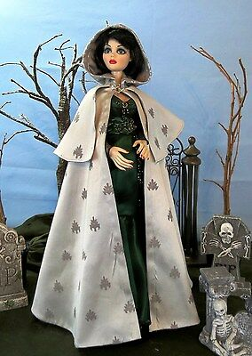 """evangeline Cape"" Sewing Pattern 17- 19"" Evangeline Ghastly Dolls Wilde Tonner"