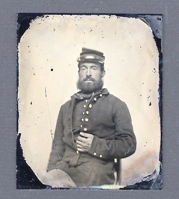Antique 1/6 Plate Ruby Ambrotype Of Civil War Soldier