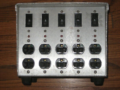 100Amp lunch  Box - AC Power Distribution
