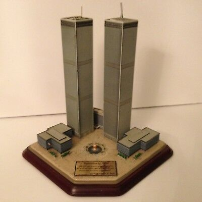 Danbury Mint 9/11 Twin Towers World Trade Center Commemorative Sculpture AS IS