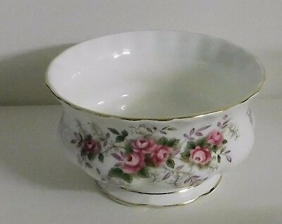 Royal Albert - Lavender Rose Sugar Bowl