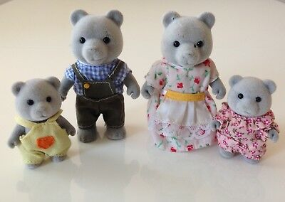 Sylvanian Families Fully Clothed Evergreen Grey Bears