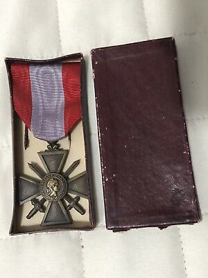 WWI WW1 World War One French Medal Bronze Medaglia Croce Di Guerra 1914 1917