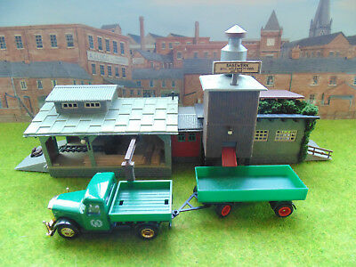 MODELQUEEN, SAW MILL WITH LORRY,NICE ITEM HO, 00 gauge