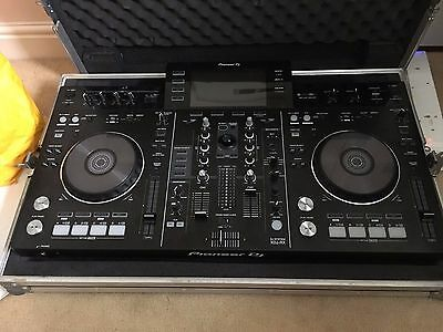 Pioneer XDJ-RX all-in-one rekordbox DJ system Controller + Standalone
