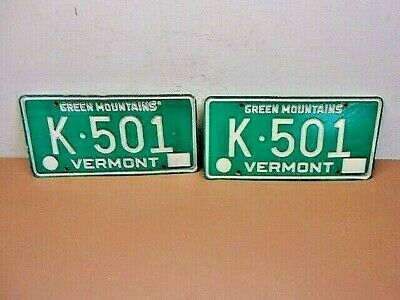 Vtg PAIR of VERMONT GREEN LICENSE PLATES Low Tag # K-501 Green Mountains Plates!