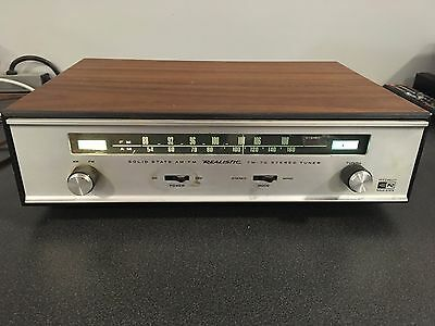 Realistic Model TM-70 Solid State AM FM Tuner - Tested And Working!