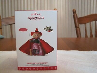 2017 Hallmark Keepsake Ornament Wicked Witch Of The East Madame Alexander--New