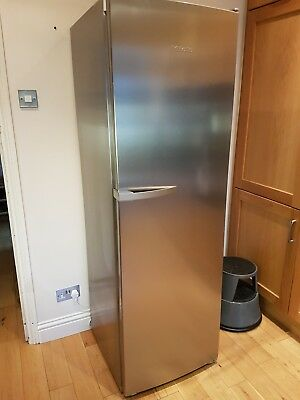 MIELE Refrigerator with DYNAMIC cooling K14820SD large 391 Litre Upright Fridge