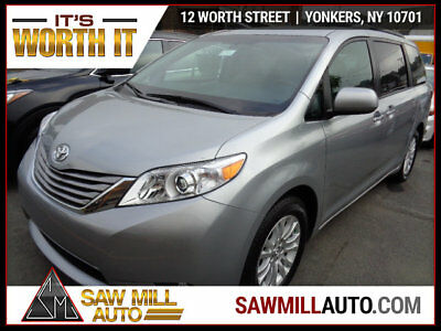 2017 Toyota Sienna REPAIRED WOW WHAT A VAN....