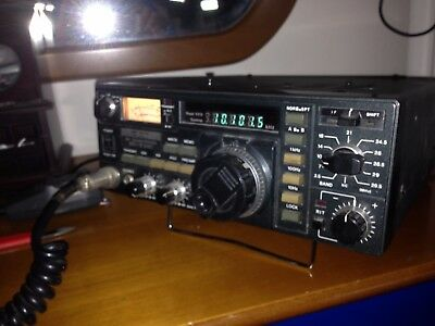 ICOM IC 730  very good condition and fully working
