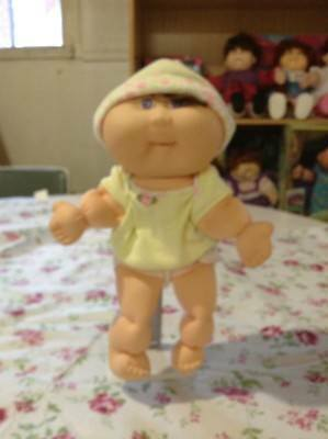 Cabbage Patch Baby Doll 1995 CB 39