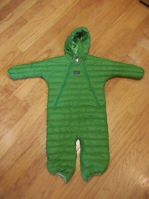 Patagonia 12 month down baby bunting green flaw*