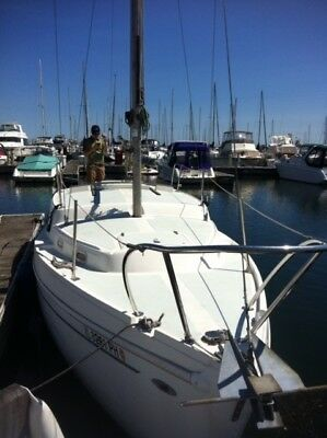 1973 Coronado Sailboat 27' Boat - Ready for use - Low Reserve - One Owner