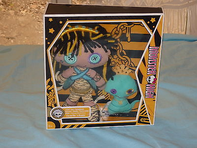 Rare Peluche Monster high Cléo de Nile et Hissette NEUF