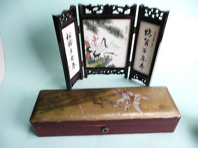 Chinese Porcelain Table Screen and Lacquered Glove Box....................ref467