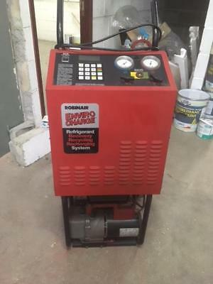 Robinair 17701 Recovery/Recycling/Recharging unit for R12 Only