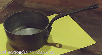 Rare old splendid restaurant saucepan, professional quality copper. casserole