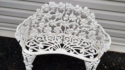 Vintage Cast Iron Settee**BEAUTIFUL CONDITION**