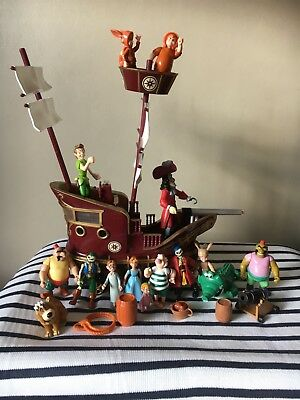 Disney Peter Pan & Hook Pirate Ship and Accessories
