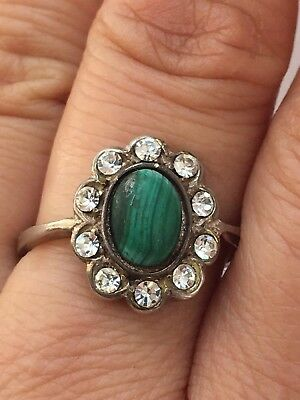 Hallmarked Sterling Silver Paste And Malachite Ring -uk Size  R