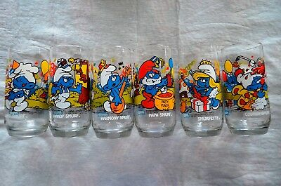 Complete Set of 1983 Smurf Peyo Glasses/Wallace Berrie & Company